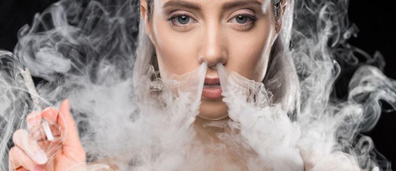 Ist das Ausatmen von Cannabisrauch durch die Nase schädlich?